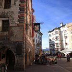 Perfect location in the middle of the old town and with an extremely friendly staff - tunliweb.n