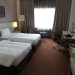 - Hotelnya bagus - kamarnya cukup besar - Fasilitas nya oke - Design hotelnya friendly - Lok