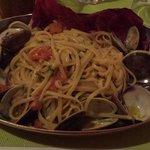 linguine claims ( vongole ) al ristorante majestic
