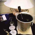 Шампанское  на  второй День Рождение от  отеля в подарок