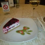 RESTAURANT TCHAIKOVSKY, DELICIOUS CHEESE CAKE