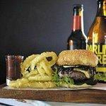 rib-eye burger w onion rings