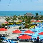 Pileta Tropical, Playa y Bar de Playa