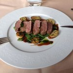 Lamb loin with portwine souce, grilled potatoes & jack beans