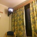 La chambre et le téléviseur