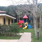 Bungalow e parco giochi