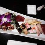 Nigiri delight med ekstaordre sashimi tuna. Alltid lekkert presentert! Dette er topp sushi