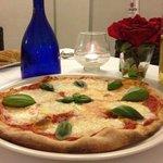 Margherita con basilico