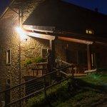 Die stilechte Landherberge La Chiusa bei Nacht