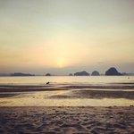sun set on Tub Kaek beach