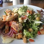 Cesar salad mit Hühnchen