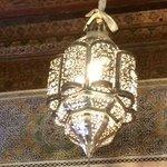 DETTAGLIO DI UN LAMPADARIO