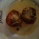 tomates rellenos de bacalao y queso parmentière