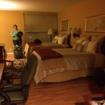 Large clean room. (518) with wood floors