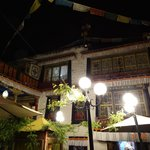 Photo de Trichang Labrang Hotel