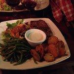 Steak with blue cheese sauce, c'est magnifique!
