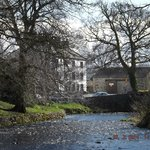 looking across the beck to the New Inn, perfect setting.