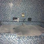 Kraken's lair bath