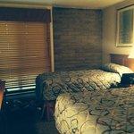 Sandstone creek guest bedroom