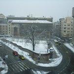 amanhecer com neve em Belgrado
