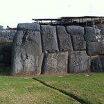 Камни Саксайумана