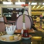 вечерний турецкий чай с макаронс