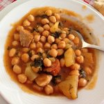 Traditionelles Spanisches Mittagessen