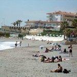 Plaża Torrecilla niedaleko od rezydencji Stella Maris
