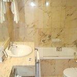 Baño hab. 611