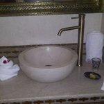 Il bagno, pulitissimo e bellissimo