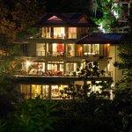 Villa Perezoso, evening elegance