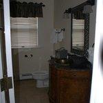 room 401 bathroom