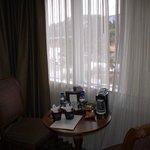 room 401 breakfast nook