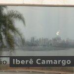 Centro de Porto Alegre visto da Fundação