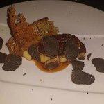 Escalope de foie gras chaud et truffes fraîches