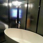 Nice and spacious bathroom with bathtub