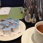 朝食です。coffeeが美味しい!