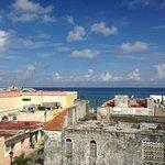 Veduta dalla terrazzo sul tetto dell'hotel