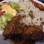 Carne guisada con arroz