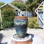 Fountain/Garden Area
