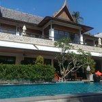 piscine et restaurant