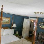 Room 12, a beautiful Queen Room