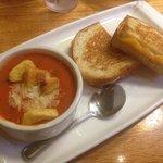 Three Cheese Grill + Tomato Basil