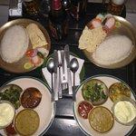 Традиционный непальский обед
