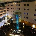Radisson Blu LON STN - lobby