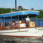 Boat to Magic Kingdoma