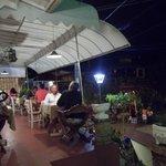 cenando en el Cafe das Artes