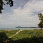 50 метров леска и вот он пляж!