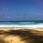 кусочек пляжа и моря в хорошую погоду :)
