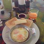 Breakfast ��